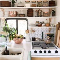 RVinspiration.com RV Makeovers on Instagram: Open ... Aug 13 2019 - RVinspiration.com RV Makeovers on Instagram: Open shelving in the kitchen lively wallpaper on the walls and open and light spaces make this RV renovation dreamy.  See more of this #lifeinanrv Camper Life, Rv Campers, Camper Trailers, Tiny Camper, Bus Life, Travel Trailers, Small Campers, Camper Caravan, Popup Camper