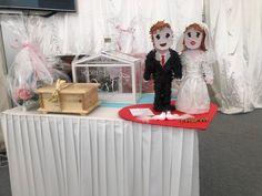 Für Details und Verfügbarkeit rufen Sie +43 664 8816 5001 an oder besuchen Sie flaschcity.com . . . #FlaschCity #noiva #weddingphotographer #weddings #bridesmaids #schönstertag #weddingplanner #heiraten #weddingideas #deamday #urlaubamsee #hochzeitslichtcouple #traumhochzeiten #heirateninösterreich #Austria #grazaustria