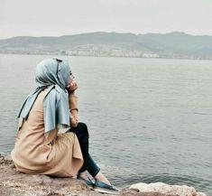 #Afreen!!! Hijab Style, Hijab Chic, Hijab Niqab, Hijab Outfit, Beautiful Hijab Girl, Beautiful Muslim Women, Abaya Fashion, Muslim Fashion, Fashion Muslimah