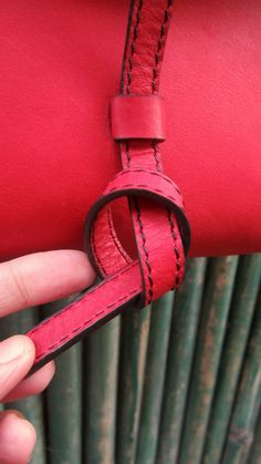 #Rose #BigStella, #Chiaroscuro, #MadeInIndia, #PureLeather, #Handbag, #Bag, #WorkshopMade #Leather #Casual #Vintage #ShoulderBag #Sling  http://chiaroscuro.in/products/rose-big-stella