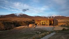Shortlands Shed, Manuka Views Central Otago, Canopy, New Zealand, Stuff To Do, Places To Go, The Outsiders, Camping, Mansions, Country