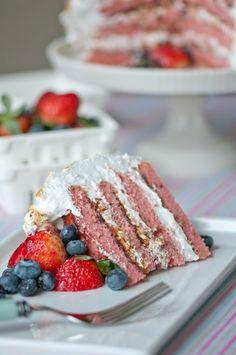 berry almond crunch cake