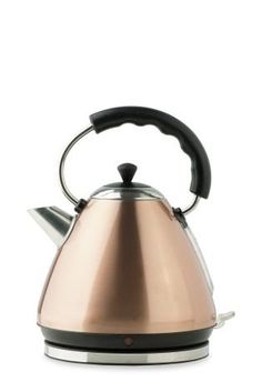 There's nothing better than a cup of tea or hot chocolate when the weather gets cooler, making a copper kettle a MUST have for autumn/winter ;)