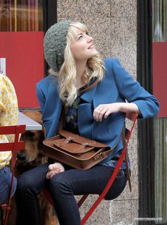 Emma Stone's Gwen Stacy = preppy. Riding boots, beanies, leather satchels, pencil skirts & knee-length socks with oxfords, prints.
