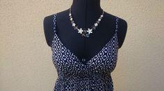 Robe imprimé bleu marine et blanc à fines bretelles - vinted.fr