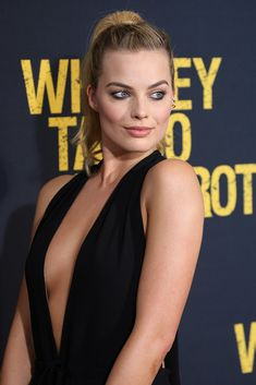 : 'Suicide Squad' Cast Member Margot Robbie (Harley Quinn) 'Dying To… Margo Robbie, Margot Robbie Age, Atriz Margot Robbie, Actress Margot Robbie, Margot Robbie Harley Quinn, Margaret Robbie, Beautiful Celebrities, Beautiful Actresses, Tonya Harding