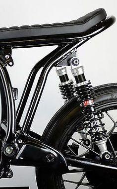 Details about BMW Subframe & Seat Cafe Racer Brat Style Street Scrambler Custom Cafe Racer Seat, Cafe Racer Honda, Cafe Racer Build, Cafe Racer Bikes, Street Scrambler, Cafe Racer Motorcycle, Motorcycle Design, Bike Design, Brat Bike