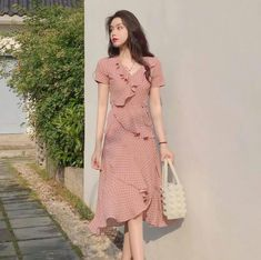 Summer Women Chiffon Polka Dot Dress Sexy Club Beach Ruffles Dress Elegant V Neck Boho Sundress Korean Fashion Dress, Korean Dress, Ulzzang Fashion, Fashion Dresses, Emo Fashion, Curvy Fashion, Elegant Dresses, Pretty Dresses, Sexy Dresses