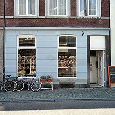 Le Salonard Rechtstraat 84, oder Hoogbrugstraat 76