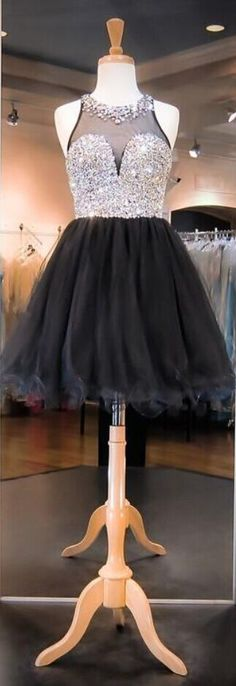 Real Photos Short A Line Homecoming Dresses Jewel Neck Sleeveless Sheer Neck Cheap Graduation Party Prom Gowns Rhinestones Cheap