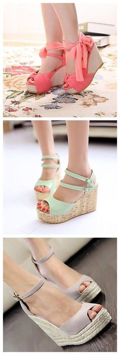 Wedge heel sandals are a springtime necessity! Rock this style with us!