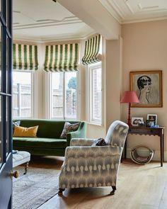 Living Room Inspiration, Interior Design Inspiration, Home Interior Design, Pastel Interior, Brown Interior, Living Area, Living Spaces, Living Rooms, Sitting Room Decor