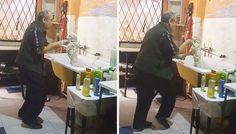 No podrás lo que hace este peluquero para que los perritos salgan feliz de su tienda
