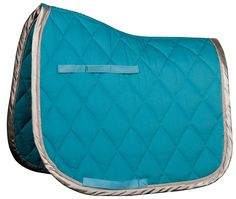 Harrys Horse Luxury Dressage Pad- Teal & Silver Harrys Horse just continues to wow us with this incredibly luxurious dressage saddle pad. The first thing we noticed was the fluffy thickness of this pa