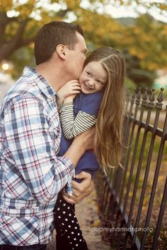 Cute daddy daughter photo ....