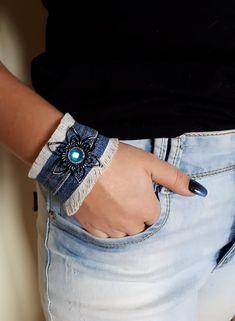 Bracelet jeans bijoux fait mains avec du jeans recyclé