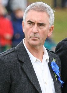 TIL Denis Lawson the actor who played rebel pilot Wedge Antilles in the original Star Wars trilogy is Ewan McGregor's uncle. Scottish Actors, British Actors, Denis Lawson, Wedge Antilles, Ewan Mcgregor, Bbc One, Obi Wan, Male Face, Celebs