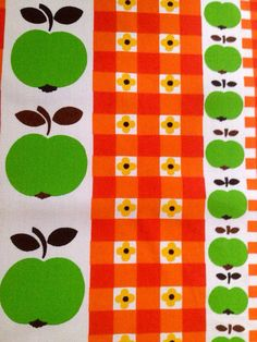 Swedish 60s vintage floral fabric. Scandinavian design by Inspiria, kr110.00