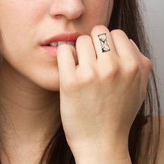 Sablier tatouage temporaire jeu de 4 par Tattify sur Etsy