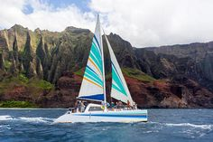 Holo-holo: Kauai boat tours along the majestic Napali Coast and to the Forbidden Island of Niihau. Enjoy some of the best snorkeling and sightseeing on the garden island with a Kauai Catamaran tour. Napali Coast Kauai, Kauai Tours, Hawaii Adventures, Sailing Catamaran, Best Snorkeling, Adventure Tours, Adventure Center, Kauai Hawaii, Maui