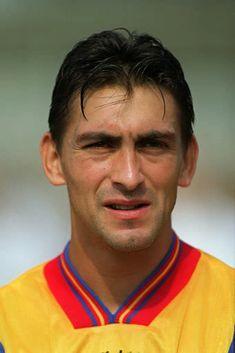 Ilie Dumitrescu-1998 World Football, Football Soccer, Football Players, Fifa, Vintage Football, Competition, Sports, Soccer, Hs Sports