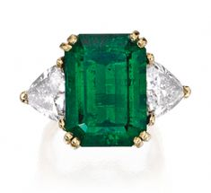 Emerald Rings Gorgeous Oval Emerald Ring Emerald Engagement Ring/ Wedding… Asscher Cut Diamond Engagement Ring, Want To Ringa Linga, Bijoux Art Deco, Emerald Jewelry, Gold Jewelry, Emerald Rings, Ruby Rings, Emerald Engagement Rings, Halo Engagement, Jewelry Rings