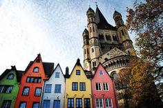 Reposting @viajesyaventuricas: A ver quien es el valiente que se atreve a adivinar en qué ciudad europea encontramos estas casas tan curiosas‼️#miercolesdeadivinanzas . . . . . . #guesswednesday #viajesyaventuricas #guess #europe #house #game #color #colors #juego #travel #travelgram #traveler #travelphoto #travelingram #wanderlust #travelblogger #travelphotography #photography #photooftheday #instagood #goodvibes #instaphoto #instatravel #instapic #best #tourism #viajes