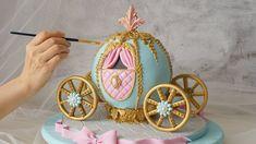 Princess Carriage Rice Krispie Cake | Disney Cinderella Carriage | 디즈니 신데렐라 마차 - YouTube Carriage Cake, Foto Pastel, Paste Recipe, Cake Decorating Techniques, Chocolate Orange, Cake Tutorial, No Bake Cake, Baking Recipes, Orange Ideas