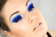 Julia Graf: Electric Blue (Nars Makeup Look)