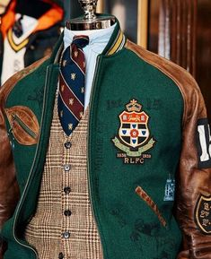 This is what we can expect coming Fall from the master of Prep. Moda Preppy, Preppy Mode, Preppy Style, Gentleman Mode, Gentleman Style, Mode Bcbg, Gilet Costume, Ivy League Style, Preppy Mens Fashion