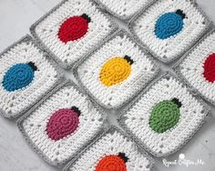 Crochet Christmas Lights Granny Square - Repeat Crafter Me