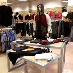No pases desapercibido! #Moda #Casual #Juvenil Departamento de #Caballeros 2do.Piso #jeans #chaquetas #camisetas