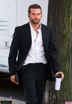Musicgoddess09 Bradley Cooper, Lady Gaga, A Team, Beautiful People, How To Look Better, Suit Jacket, Handsome, Actors, Suits