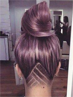 Female Undercut Long Hair, Undercut Curly Hair, Undercut Hair Designs, Undercut Hairstyles Women, Shaved Side Hairstyles, Shaved Undercut, Undercut Styles, Short Undercut, Bun Hair