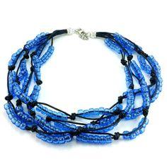 Ręcznie plecione korale na czarnym sznurku bawełnianym zkoralików akrylowych w kolorze niebieskim- gołębim. Zakończenie z karabińczykiemi oczkami do regulacji. Metal, Bracelets, Jewelry, Fashion, Moda, Jewlery, Jewerly, Fashion Styles, Schmuck