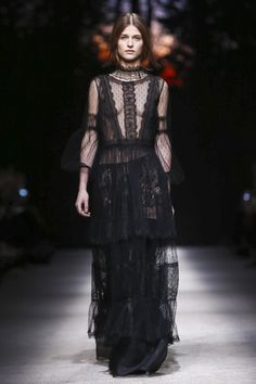 Alberta Ferretti Fall Winter 2015 Ready to Wear Collection in Milan-WATCH NOW on Stylabl.com