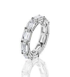 Ashoka Full Hoop Eternity Ring.    A twinkling, contemporary full eternity ring from Boodles, set with 10 Ashoka cut diamonds of 7.42ct in platinum.