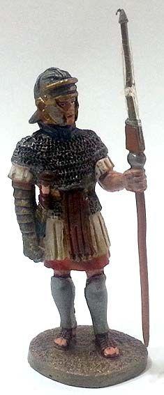 """Fante delle legioni orientali, 100-150 d.C. circa, numero 77 di """"Roma e i suoi nemici"""" (2011 Vadis) #Miniatures #Figures #AncientRome #OspreyPublishing"""