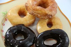 How to Make Krispy Kreme Doughnuts. Everyone loves Krispy Kremes! Krispy Kreme donuts are served at fundraisers, breakfasts, and even to satisfy that sweet snack need. But why spend money to get your fix when you can make them at home? Just Desserts, Delicious Desserts, Dessert Recipes, Yummy Food, Dessert Bars, Churro Cake, Great Recipes, Favorite Recipes, Recipe Ideas