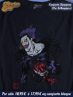 """Y terminamos la semana con la re edición en camiseta oscura de """"Shinigami"""" por #DrMonekers con #Ryuk del #Anime #Manga #DeathNote! Buen finde a tod@s Faniseter@s! El #Lunes más y mejor! #Camisetas #Fanisetas http://www.fanisetas.com/camiseta-shinigami-camiseta-oscura-p-4758.html"""