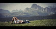Guarda anche tu le foto del progetto di Laura Malucchi del concorso LEICA PHOTOGRAPHERS AWARD 2013. Mi piace!