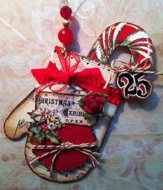 """""""Vintage Mitten"""" ornament."""