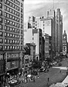 Collins St, Melbourne Nth side, looking East towards Swanston, Hotel Australia (demolished 1989 for 'Australia on Collins') & Howey Court (demolished for 'Sportsgirl Centre') Melbourne Suburbs, Melbourne Cbd, Melbourne Victoria, Victoria Australia, Melbourne Australia, Australian Vintage, Australian Continent, Australia Hotels, Largest Countries