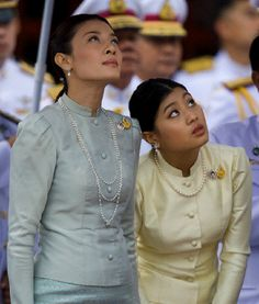 Royal Consort Princess Srirasmi (L) and Princess Sirivannavari Nariratana of Thailand