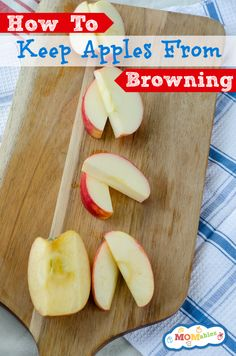 How To Keep Apples From Browning Site shows how to keep cut apples for a week using all natural preservatives and does a visual comparison between lemon juice, powdered citric acid and what happens to untreated apples. Lunch Snacks, Healthy Snacks, Healthy Recipes, Lunch Recipes, Salad Recipes, Healthy Eating, Kids Lunch For School, School Lunches, Cooking