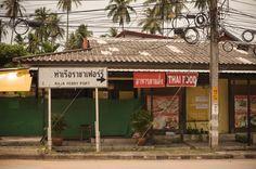 Need to get to Ko Samui? Here's how the budget AirAsia option works. Ko Samui, Kos, Bangkok, Cabin, How To Get, House Styles, Outdoor Decor, Travel, Viajes