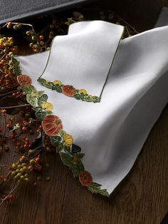 It's officially pumpkin season, you know what that means... Pumpkin spice linens!!