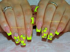Trendy Gel Nails Designs For Summer Orange Ideas Neon Green Nails, Bright Nails, Neon Nails, Yellow Nails, Diy Nails, Cute Nails, Best Acrylic Nails, Summer Acrylic Nails, Summer Nails