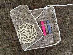 【編み図】交差編みで編むかぎ針ケース – かぎ針編みの無料編み図 Atelier *mati*