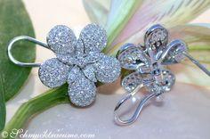 Feminine Diamond Flower Studs » Juwelier Schmucktraeume.com